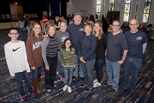 Hundreds of Volunteers Make a Difference at 17 Projects on Jewish CommUNITY in Action Day