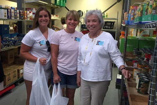 Gold Coast Gets Into (Social) Action at Food Pantry (February 24, 2016)