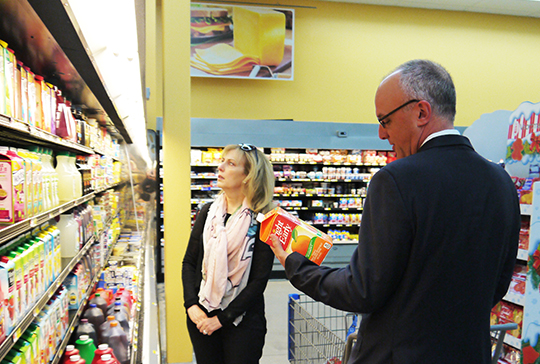 Congressman Deutch Takes on the Food Stamp/SNAP Challenge with Jewish Community Relations Councils (December 1, 2014)