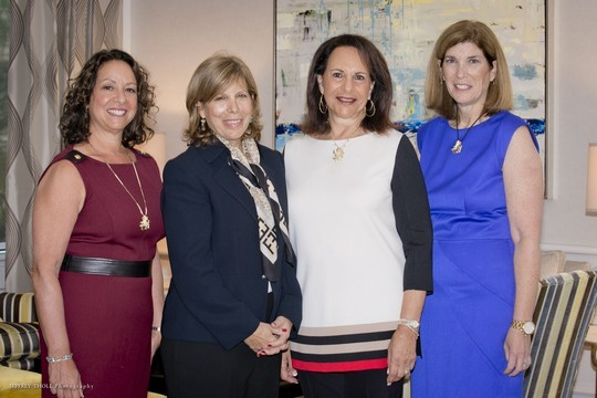 Learning to Advocate for Israel Opens Federation Women's Season (November 2, 2015)